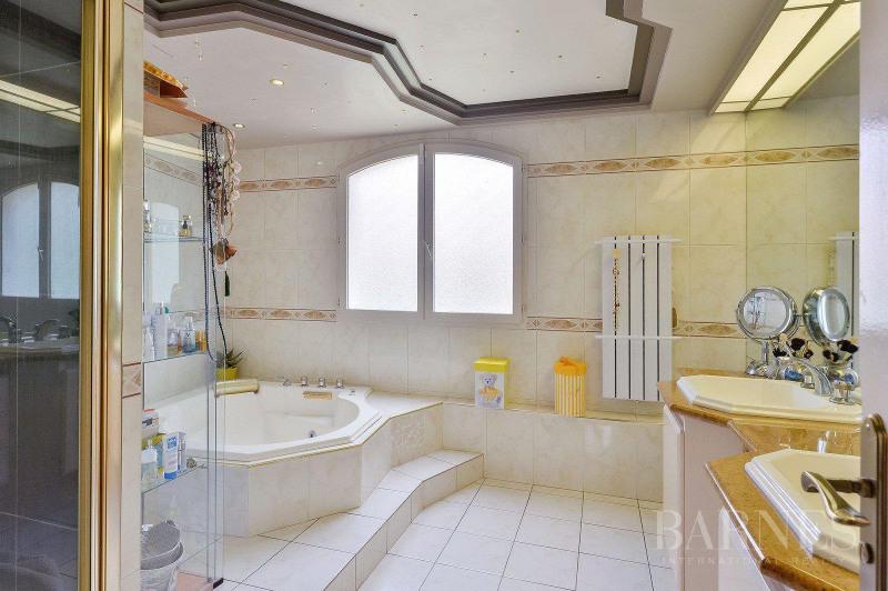 Deluxe sale house / villa Saint-bonnet-de-mure 649000€ - Picture 6
