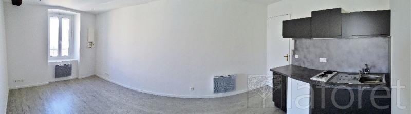 Rental apartment Bourgoin jallieu 420€ CC - Picture 2