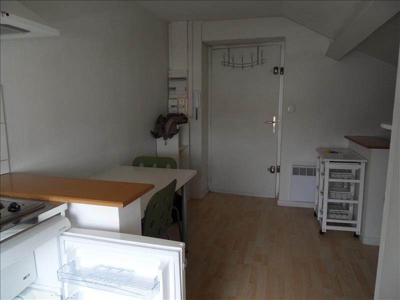 Alquiler  apartamento Lyon 8ème 384€ CC - Fotografía 4