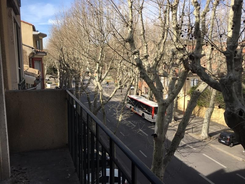 Sale apartment Aix en provence 280 000€ - Picture 2