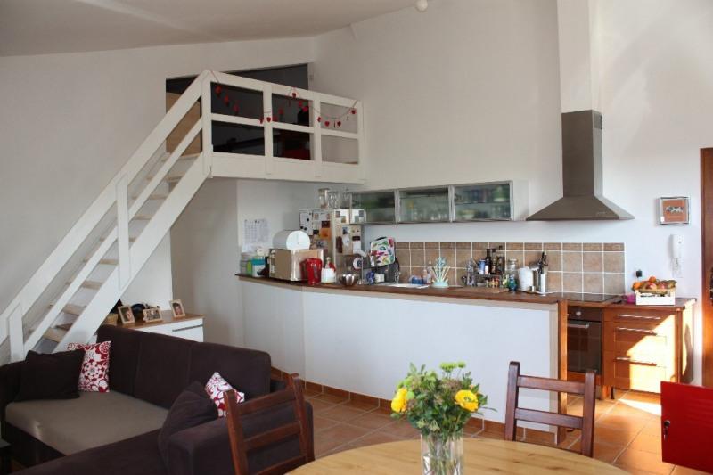 Location appartement Aix en provence 1057€ CC - Photo 1