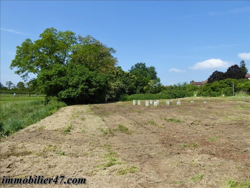 Sale site Castelmoron sur lot 22 500€ - Picture 2