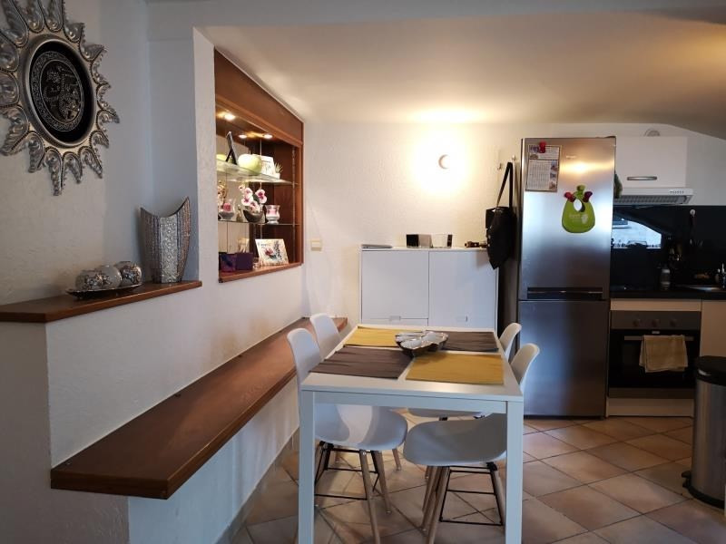 Sale apartment Annecy 229 000€ - Picture 2