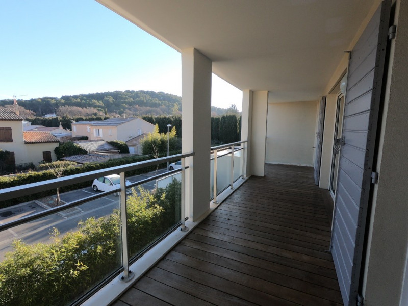 Location appartement Bouc bel air 1058€ CC - Photo 8