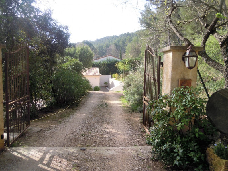 Rental house / villa Cabries 1 250€ CC - Picture 9