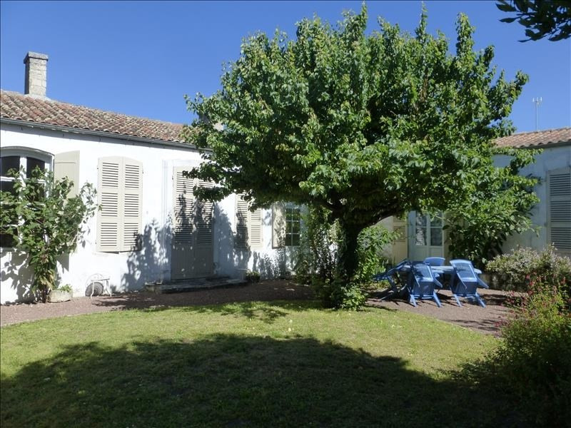 Vente de prestige maison / villa Le chateau d'oleron 641700€ - Photo 1