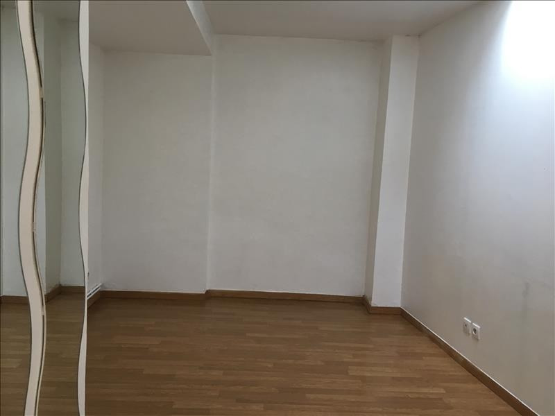 Location appartement Claye souilly 750€ CC - Photo 4