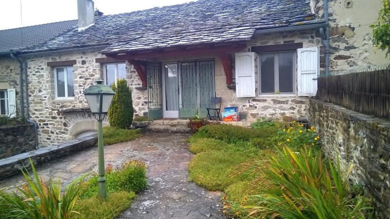 Sale house / villa St hostien 120000€ - Picture 1