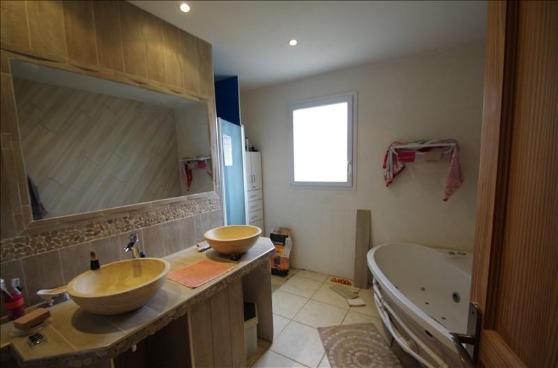 Sale house / villa Bords 169000€ - Picture 9