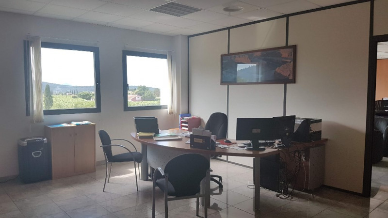 Vente local commercial Cuers 1699000€ - Photo 6
