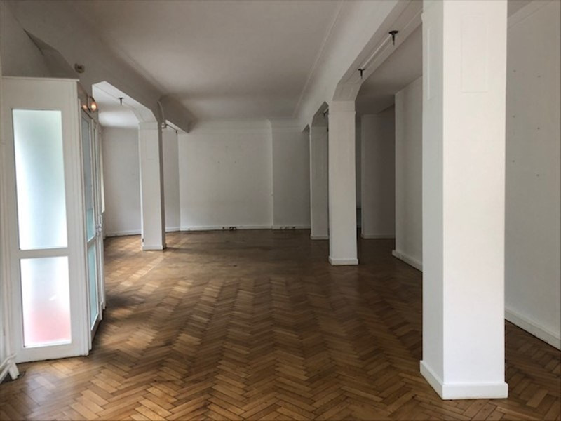 Location local commercial Strasbourg 2 218€ CC - Photo 3