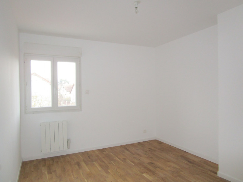 Location appartement Saint-cyr-l'école 1000€ CC - Photo 6