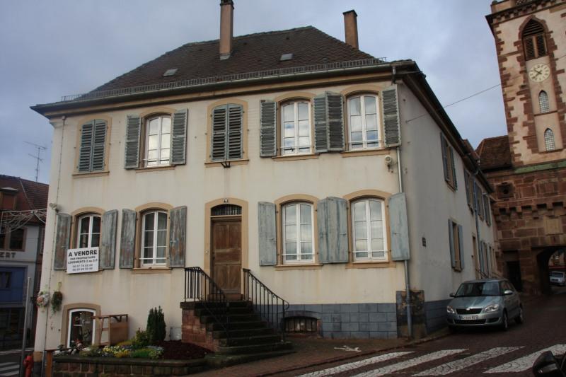 Sale building Wasselonne 350000€ - Picture 1