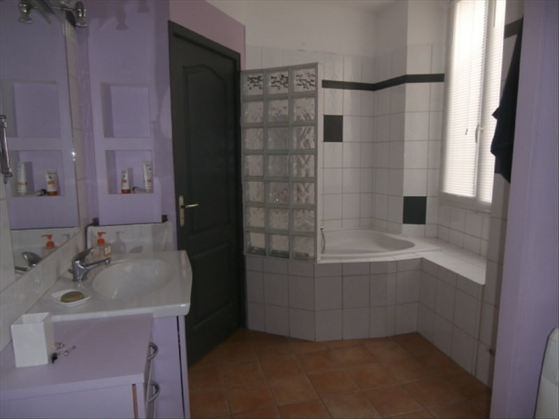 Rental apartment Chambery 680€ CC - Picture 3