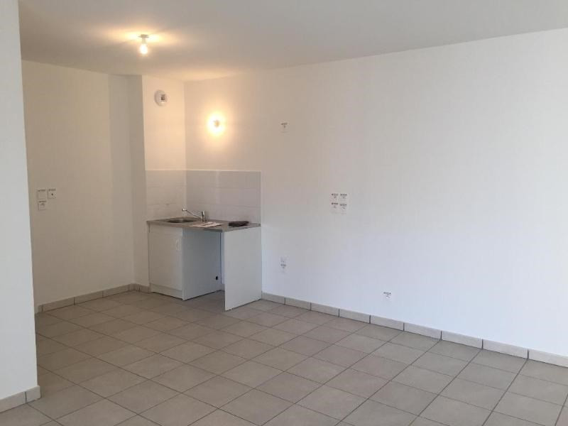 Rental apartment Saint priest 728€ CC - Picture 9