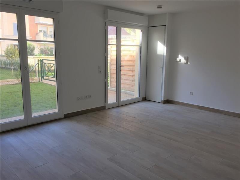 Location appartement Buc 1334€ CC - Photo 1