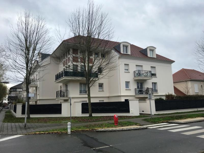 Sale apartment Bussy-saint-georges 186000€ - Picture 1