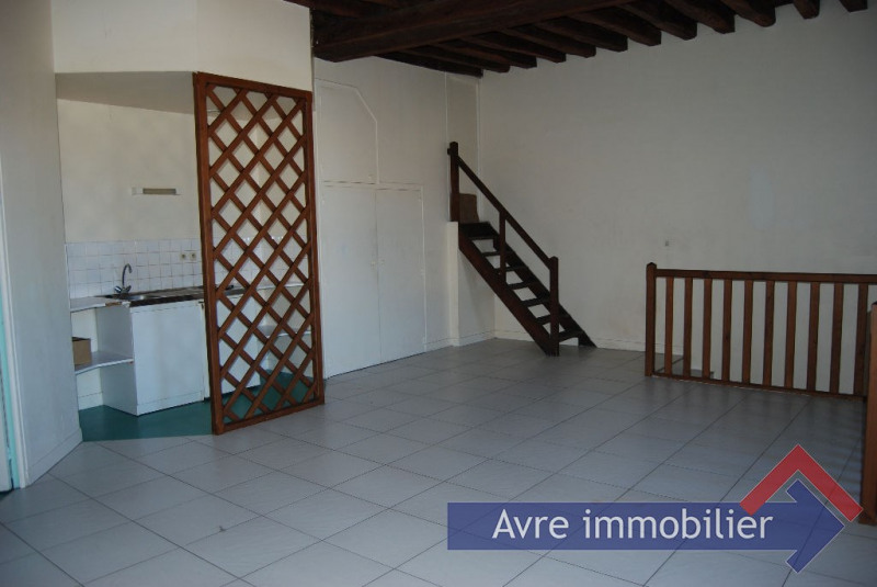 Rental apartment Verneuil d'avre et d'iton 401€ CC - Picture 1