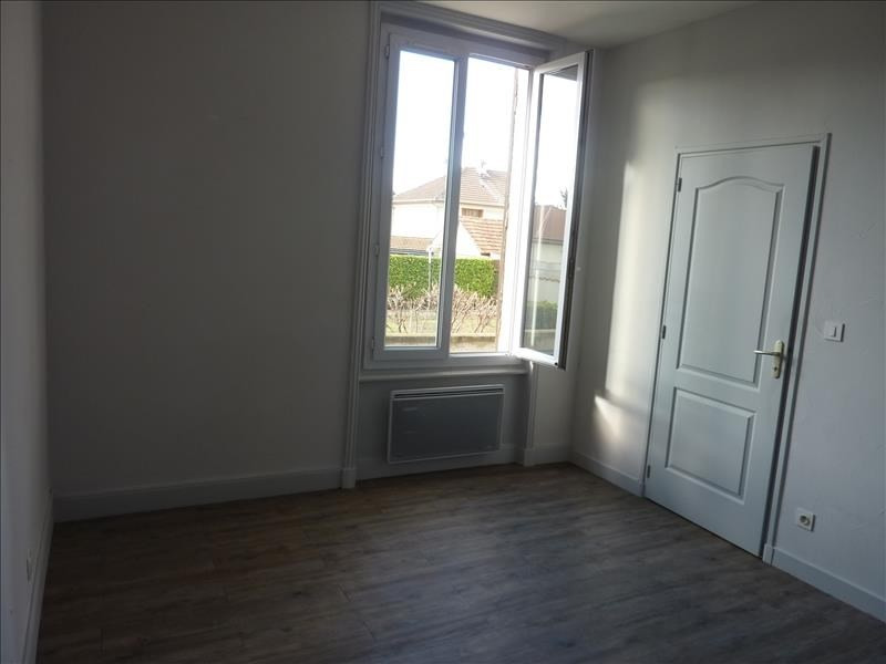 Rental apartment Perreux 315€ CC - Picture 3