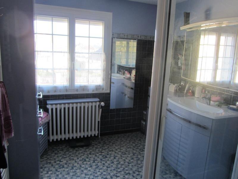 Vente maison / villa Boissy st leger 370000€ - Photo 6