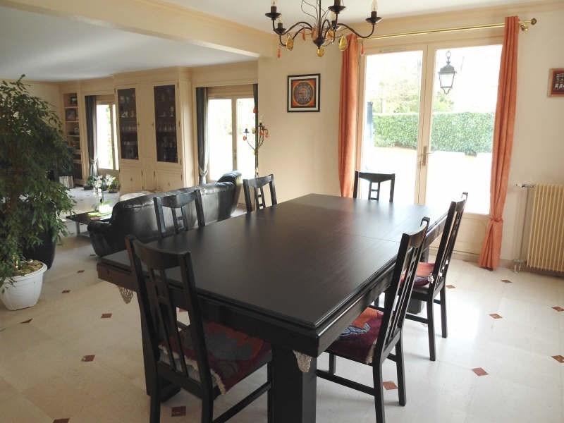 Deluxe sale house / villa La celle st cloud 1120000€ - Picture 2