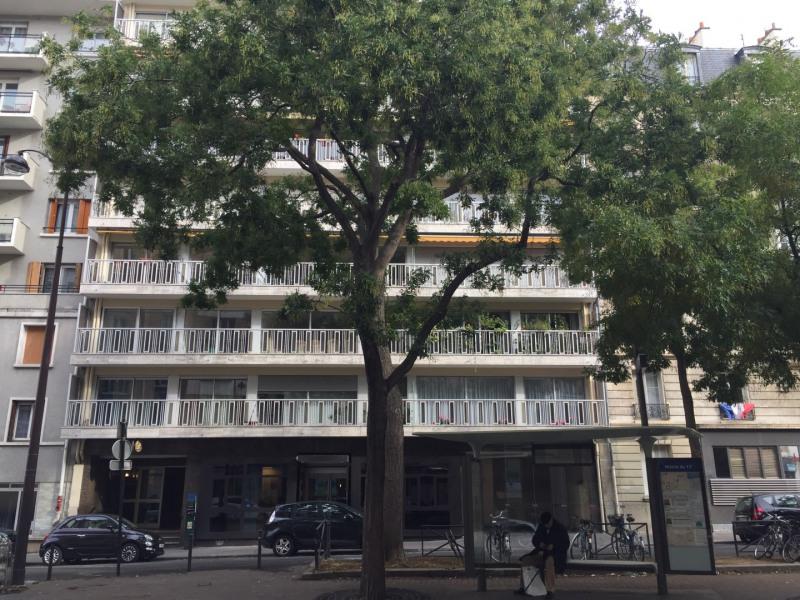 Rental apartment Paris 15ème 2500€ CC - Picture 7