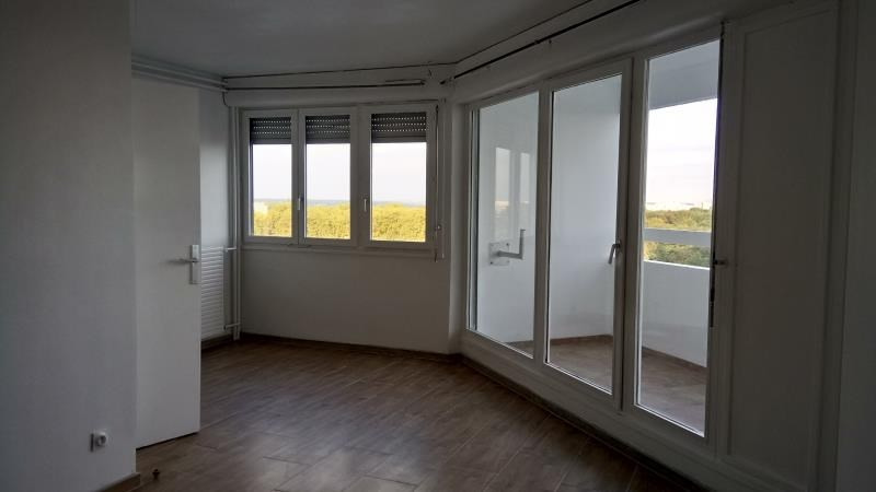 Rental apartment Evry 675€ CC - Picture 3
