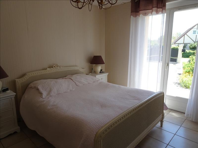 Sale house / villa Pont audemer 349500€ - Picture 6