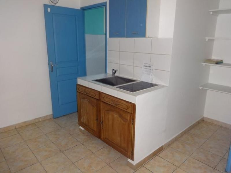 Rental apartment Le tampon 361€ CC - Picture 2