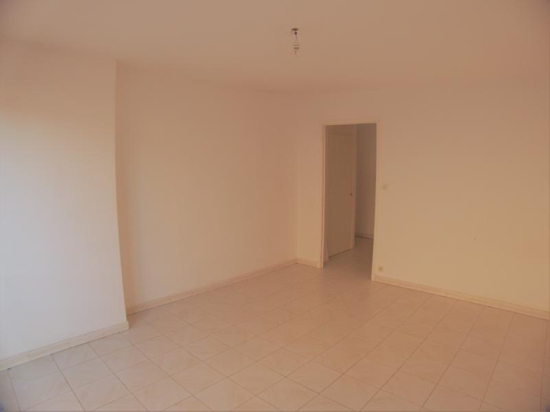 Sale apartment Sanary sur mer 221000€ - Picture 1