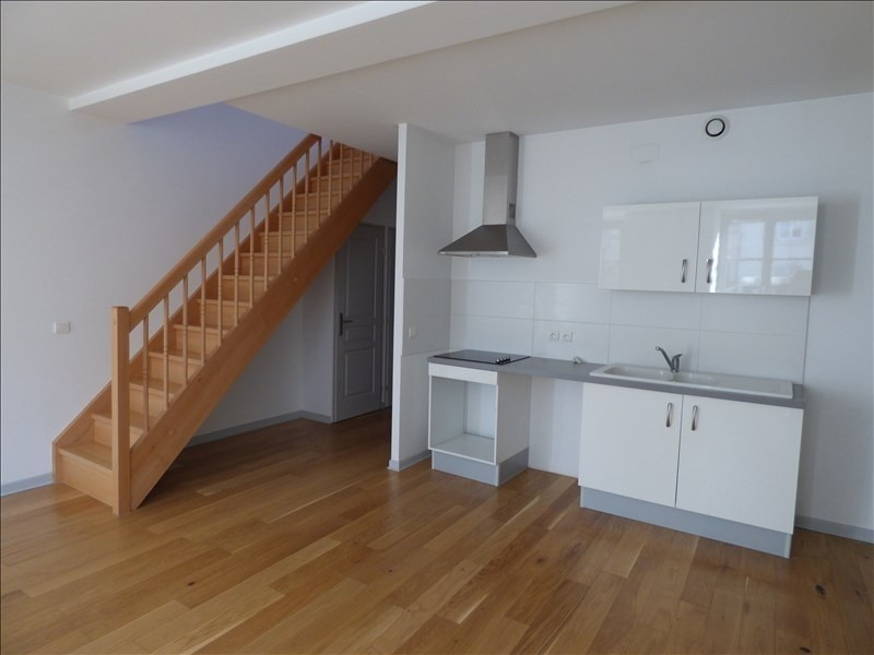 Rental apartment Le puy en velay 442€ CC - Picture 1