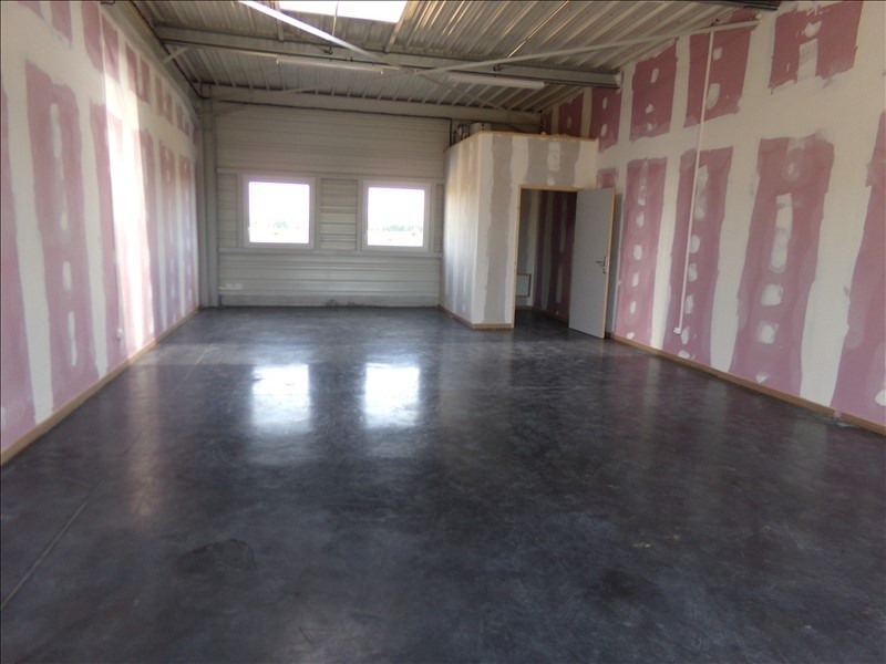 Location local commercial Baralle 650€ HT/HC - Photo 2