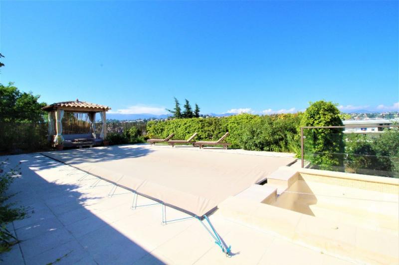 Deluxe sale house / villa Cagnes sur mer 1155000€ - Picture 1