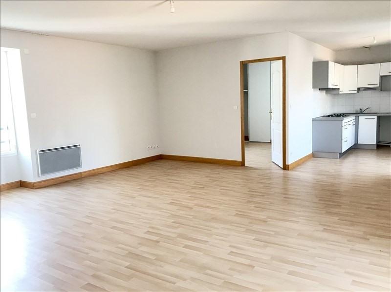 Location appartement Niort 680€ CC - Photo 2