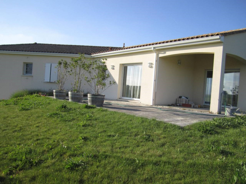 Sale house / villa Barbezieux-saint-hilaire 263 925€ - Picture 5
