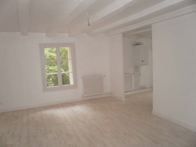 Location appartement St maixent l ecole 290€ CC - Photo 2