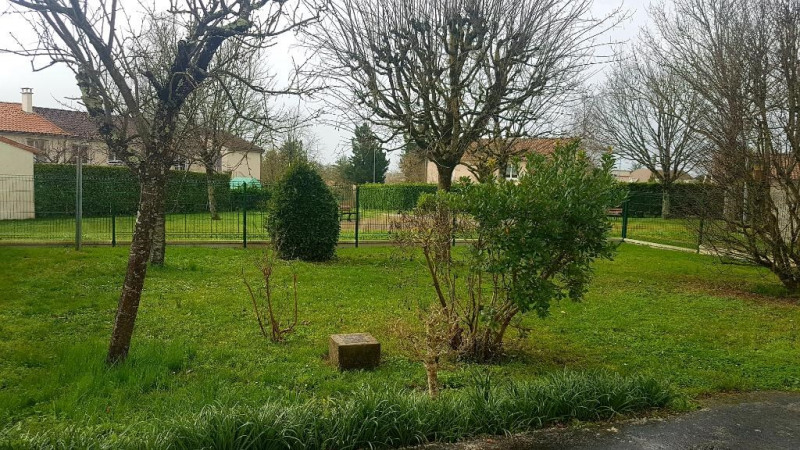 Vente maison / villa Aiffres 142900€ - Photo 2