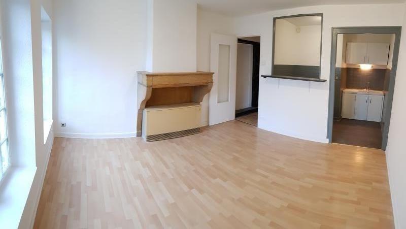 Rental apartment Montreal la cluse 395€ CC - Picture 1