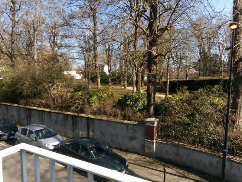 Rental apartment Vichy 530€ CC - Picture 2