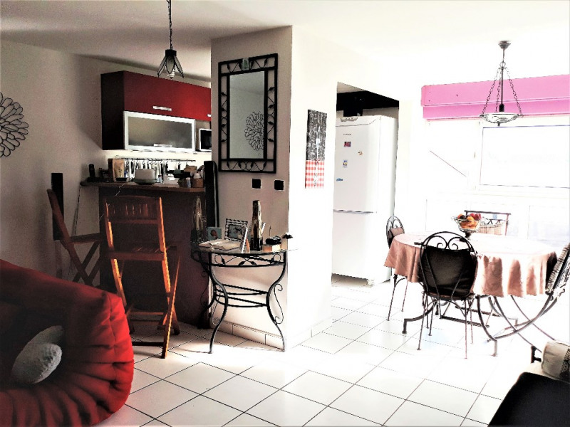 Sale apartment St denis 273 000€ - Picture 1