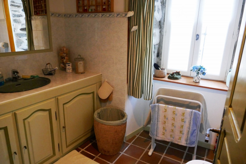 Vente maison / villa Queyrieres 235000€ - Photo 9