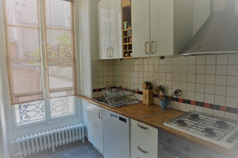 Location appartement Paris 3ème 2 670€ CC - Photo 7