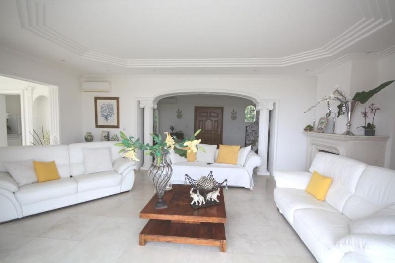 Deluxe sale house / villa Golfe-juan 2250000€ - Picture 3