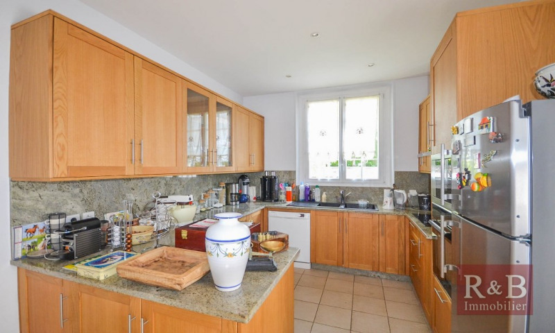 Vente maison / villa Plaisir 580000€ - Photo 5