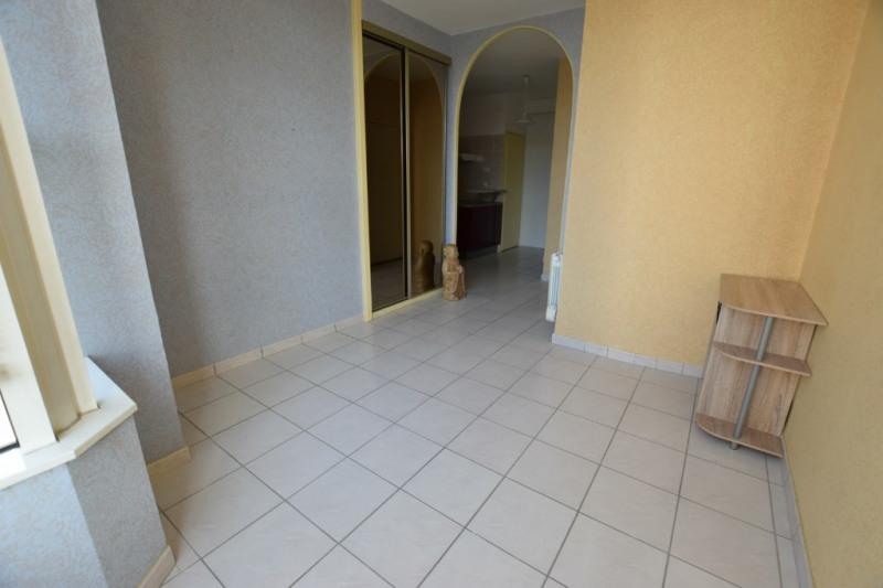 Sale apartment Pau 76000€ - Picture 2