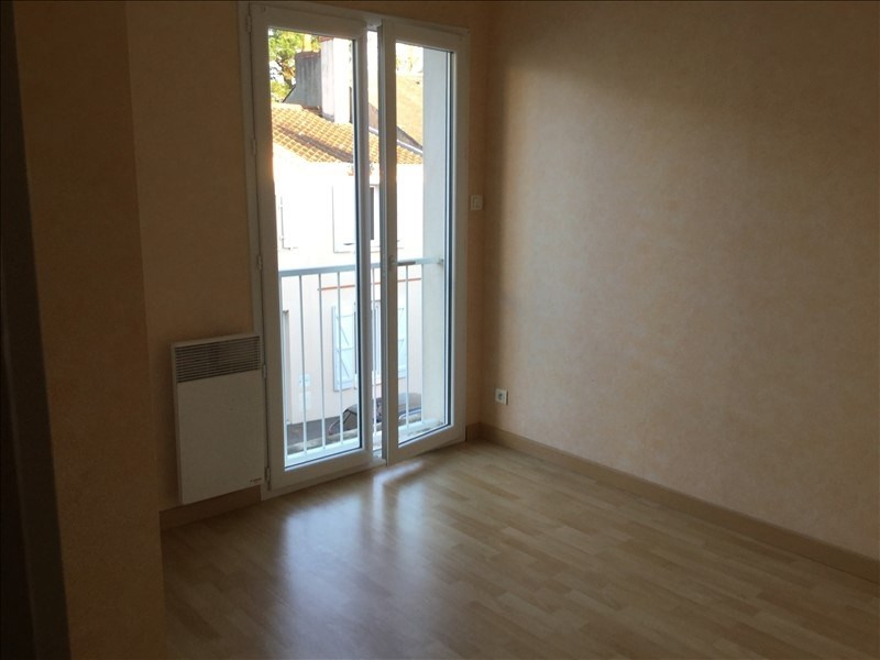 Location appartement La roche sur yon 406€ CC - Photo 2