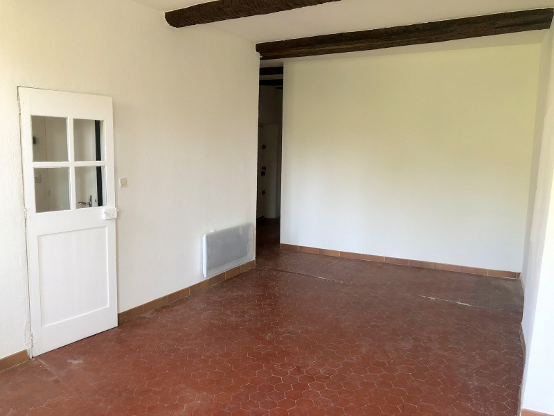 Vente appartement Seillans 127000€ - Photo 2
