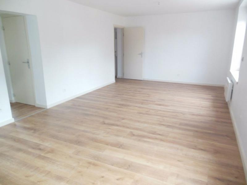 Rental apartment Fleurbaix 745€ CC - Picture 3
