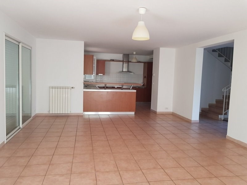 Sale house / villa Villeneuve les avignon 389000€ - Picture 4