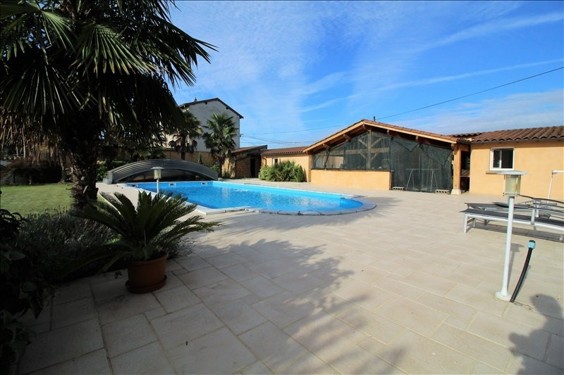 Deluxe sale house / villa Arnas 1 950 000€ - Picture 2